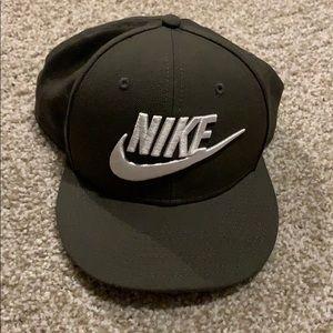 Nike Army green hat